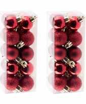 40x kleine donkerrode kerstballen 3 cm kunststof