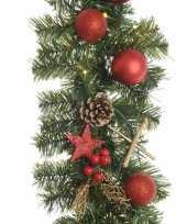 Kunst guirlande met lichtjes en kerstballen rood